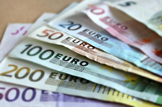 dinero-credito